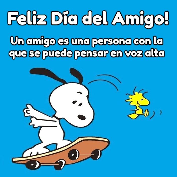 Feliz Día del Amigo! Un amigo es una persona con la que se puede pensar en voz alta